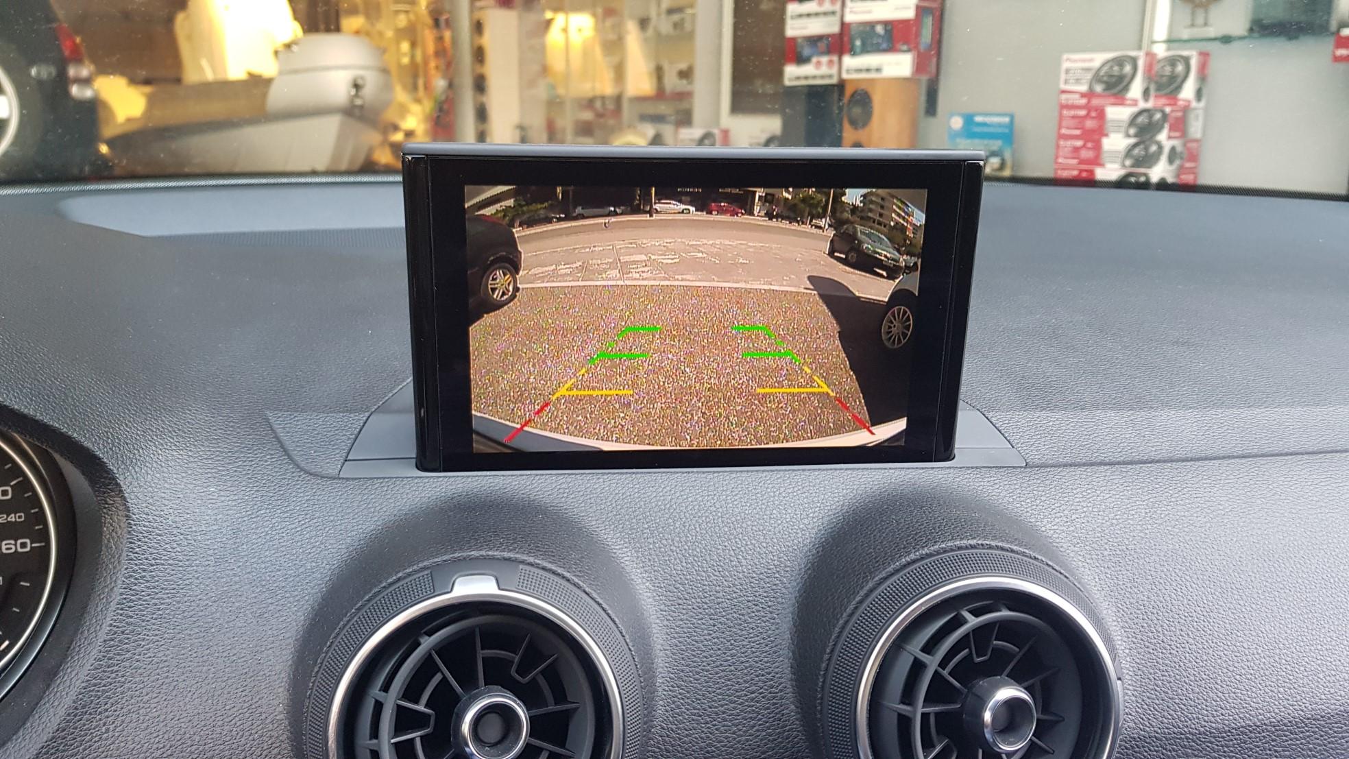 Audi Q2 GA  Wireless Apple Car Play, Android Auto, Back Camera